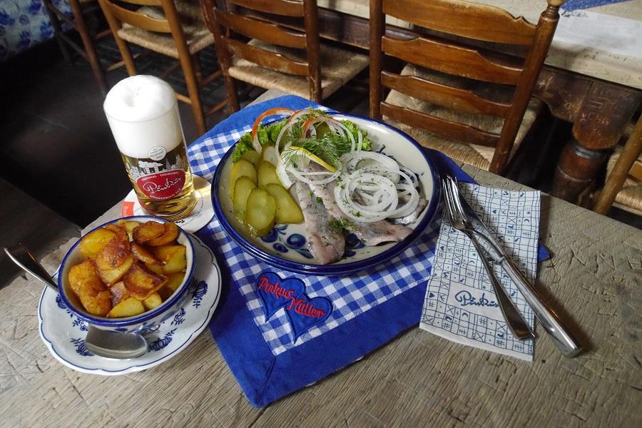 Pinkus Müller Altbierküche, Münster - Restaurant, Deutsche ...